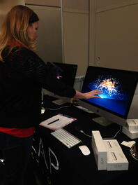 angela-using-leap-motion