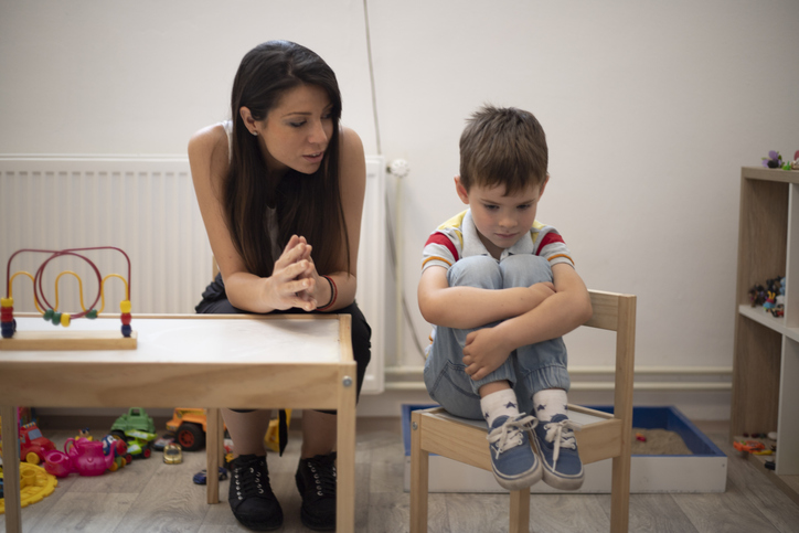 Five years old boy with autism not cooperating with his psychotherapist.