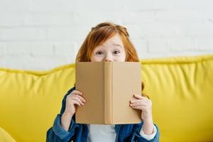 happy-girl-reading
