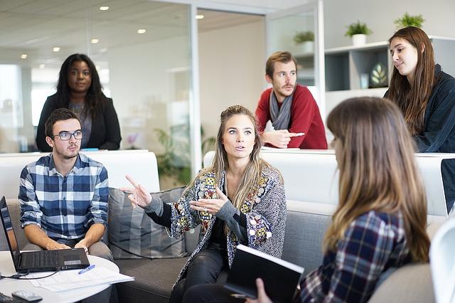work-meeting-feedback.jpg